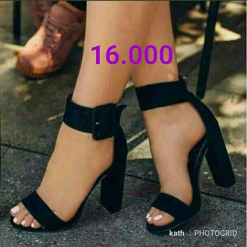 Chaussure talons noirs